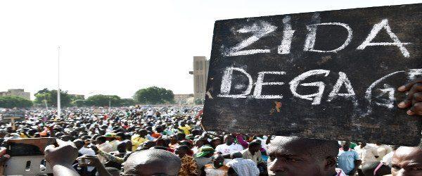 Μπουρκίνα Φάσο: «Όταν ο λαός σηκώνεται όρθιος, κανείς δεν μπορεί να τον εμποδίσει»