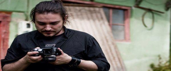 Κωνσταντίνος Κουτσολιώτας, σκηνοθέτης: Κρυψώνα απ' τη βροχή και το χειμώνα*