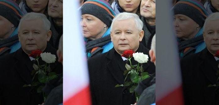 Το κόμμα «Νόμος και Δικαιοσύνη», επικεφαλής του οποίου είναι ο Γιαροσλάβ Κατσίνσκι, έχει μεταξύ άλλων υποσχεθεί ενίσχυση των πολωνικών ενόπλων δυνάμεων ώστε να βοηθούν πιο αποτελεσματικά τις ΗΠΑ εναντίον της Ρωσίας... Οι νικητές των εκλογών της περασμένης Κυριακής συνδυάζουν τον παραδοσιακό αντικομμουνισμό και ένα «φιλολαϊκό» πρόγραμμα με αιχμές ενάντια στην Ε.Ε. και τις τράπεζες. Ψηφίστηκαν από το 19% του εκλογικού σώματος, αλλά απέσπασαν απόλυτη πλειοψηφία στη Βουλή!