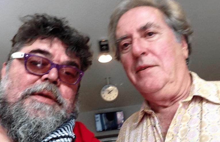 Ο Σταμάτης Κραουνάκης με τον Νίκο Παναγιωτόπουλο, λίγο πριν τον αδόκητο θάνατό του
