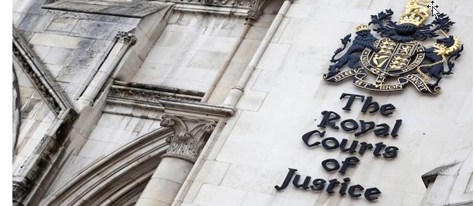 Προχθές το Ανώτατο Δικαστήριο της Αυτής Μεγαλειότητος αποφάσισε ότι… δεν αρκεί το δημοψήφισμα για να υλοποιηθεί το Brexit. Σύμφωνα με την απόφαση, η έξοδος από την Ευρωπαϊκή Ένωση πρέπει να εγκριθεί και από το βρετανικό Κοινοβούλιο – όπου οι υποστηρικτές της Ε.Ε., Εργατικοί και Συντηρητικοί, μάλλον πλειοψηφούν! Πανηγυρίζουν λοιπόν πάλι οι οπαδοί της «δημοκρατίας» ευρωπαϊκού τύπου, που απεχθάνεται το… λαϊκισμό των δημοψηφισμάτων. Πάντως το Ανώτατο Δικαστήριο, όντας μεγαλόψυχο, επέτρεψε στη βρετανική κυβέρνηση να ασκήσει έφεση…