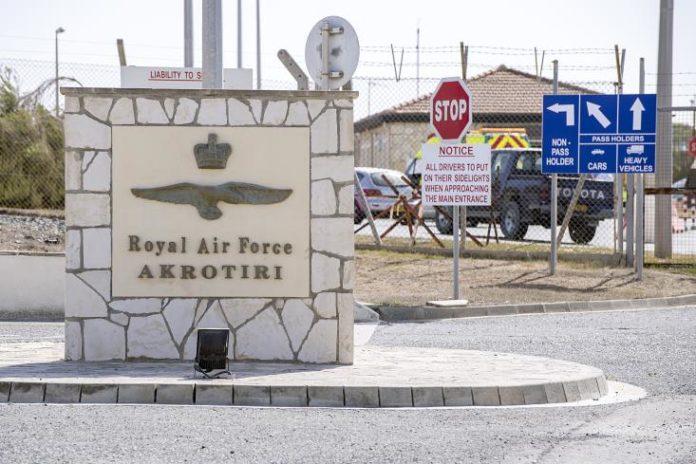 Οι στρατιωτικές βάσεις της Αγγλίας στη Κύπρο με δικά τους σύνορα, εναέριο χώρο και ΑΟΖ εξασφαλίζονται με το νέο σχέδιο επίλυσης του Κυπριακού