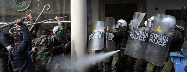 Η καταστολή χέρι-χέρι με τον ΣΥΡΙΖΑ  στην πεπατημένη των Μνημονίων
