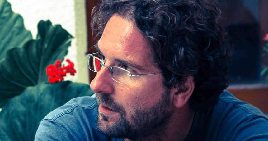 Νικόλας Κοσματόπουλος: «Οι σοβιετολόγοι μετατράπηκαν σε τζιχαντολόγους» |  Δρόμος της Αριστεράς