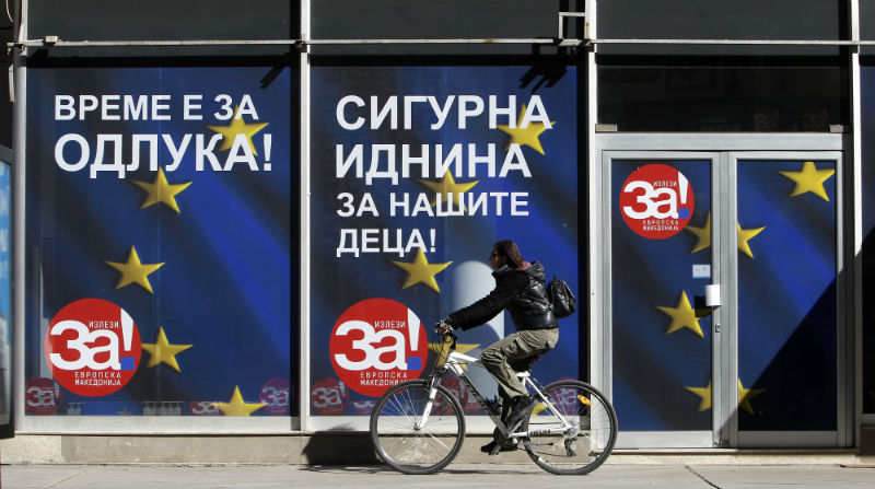 Αποτέλεσμα εικόνας για ΠΓΔΜ: Ασφυκτικές διεθνείς πιέσεις υπέρ του «Ναι»