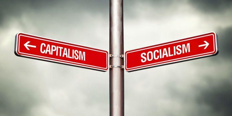 https://edromos.gr/wp-content/uploads/2019/04/capitalism-socialism.jpg